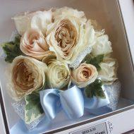 白い薔薇のブーケ