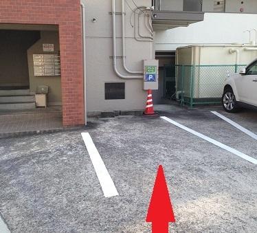 グリーンルーム駐車場