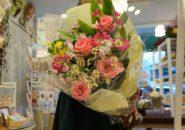 ピンクの薔薇花束