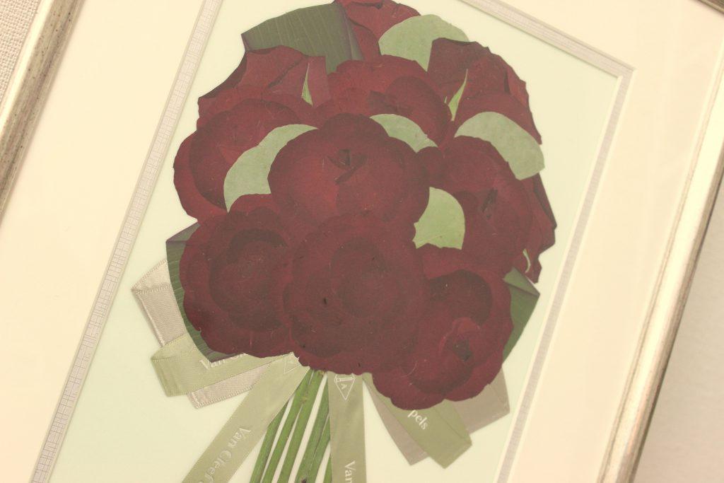 赤いバラの押し花