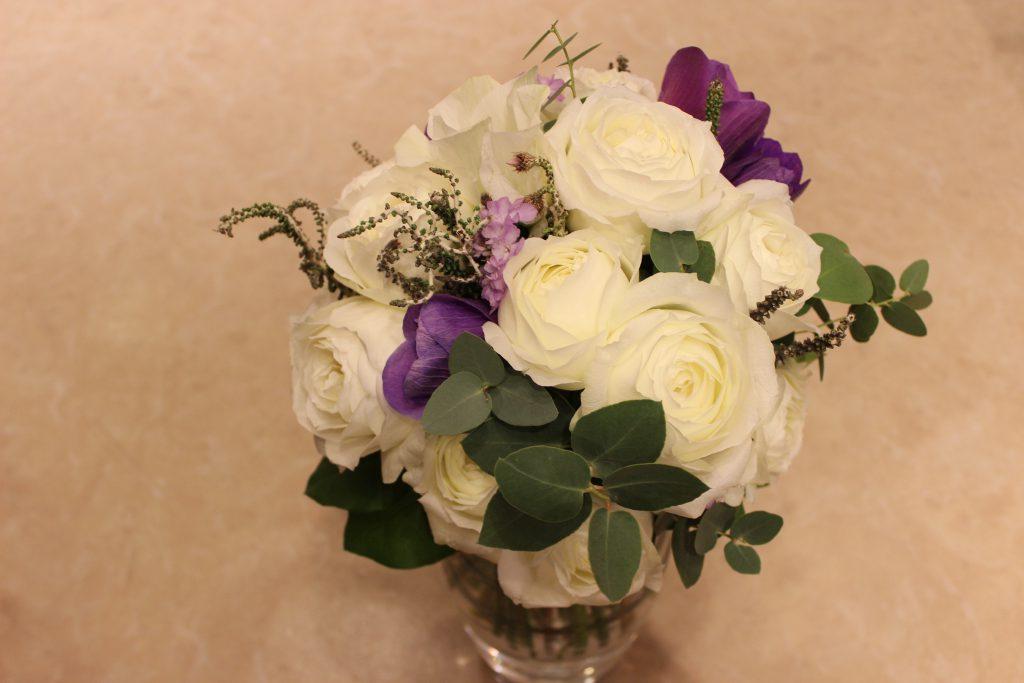 白と紫のブーケ
