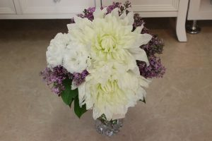 モダンウッド|ダリアとライラックの花束を押し花で残したい|持ち込み時