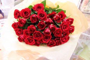 プロポーズ花束保存加工専門店|赤いバラ花束