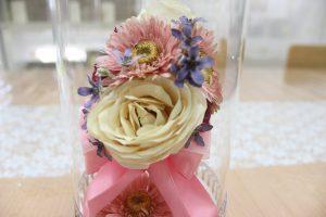 ガラスケーキコラム ピンクの可愛いブーケをレカンフラワーで保存加工 完成