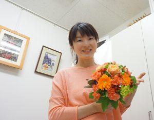 レカンフラワーの為のフレッシュブーケレッスン|オレンジブーケと由花