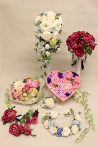 美しい造花のブーケは生花と見分けがつかない高品質な仕上がりです