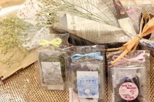 青いハーブティー☆大変希少な国産無農薬紅茶入荷|紅茶とドライフラワー