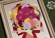 プロポーズの日にもこだわってカラフルな薔薇の花束をプレゼント|完成アップ