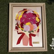 プロポーズの日にもこだわってカラフルな薔薇の花束をプレゼント|完成全体