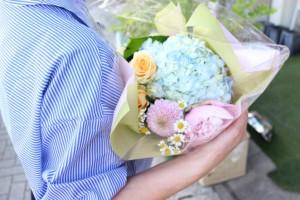 2000円生花花束1